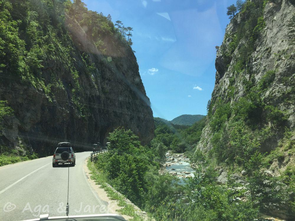 droga w kanionie