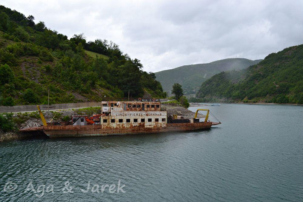 stary statek