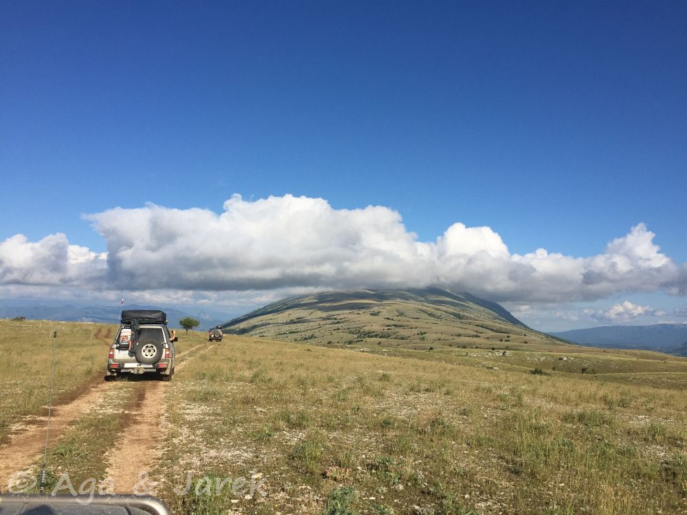 góra w chmurze